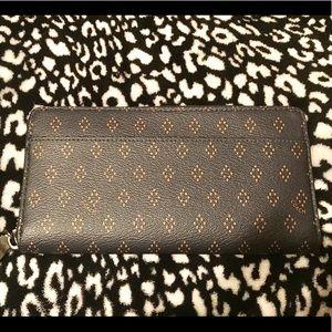 Coach full zip wallet